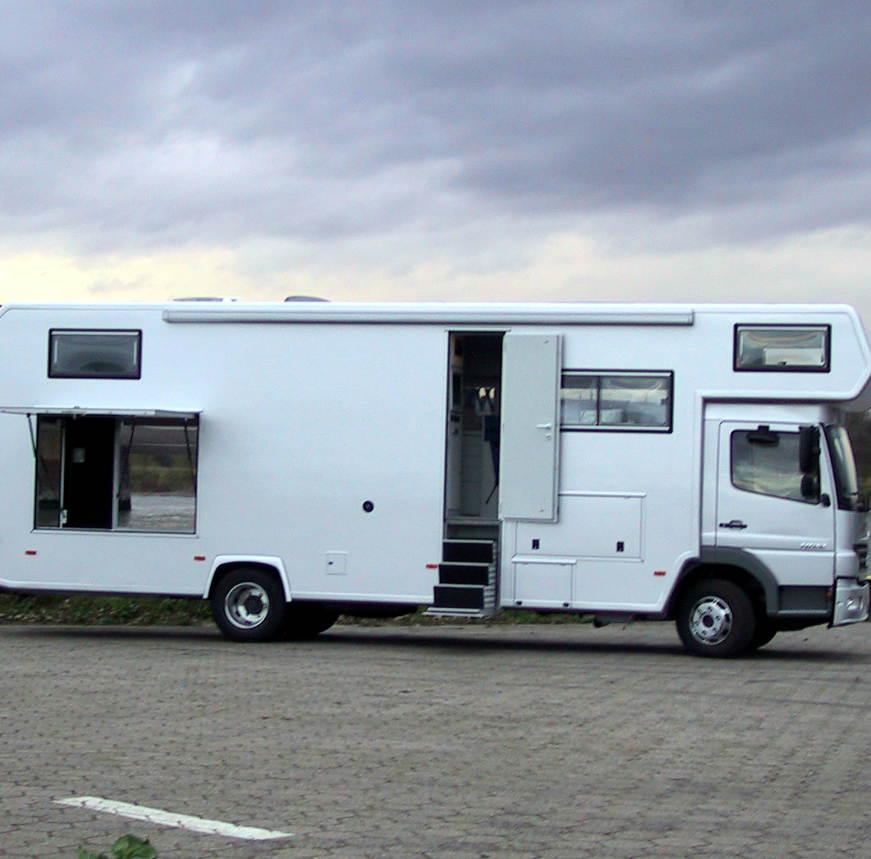reisemobil ando 940p 160 kw 218 ps bocklet fahrzeugbau. Black Bedroom Furniture Sets. Home Design Ideas